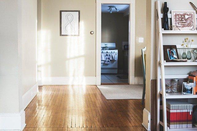 Hardwood Floor Refinishing-living room