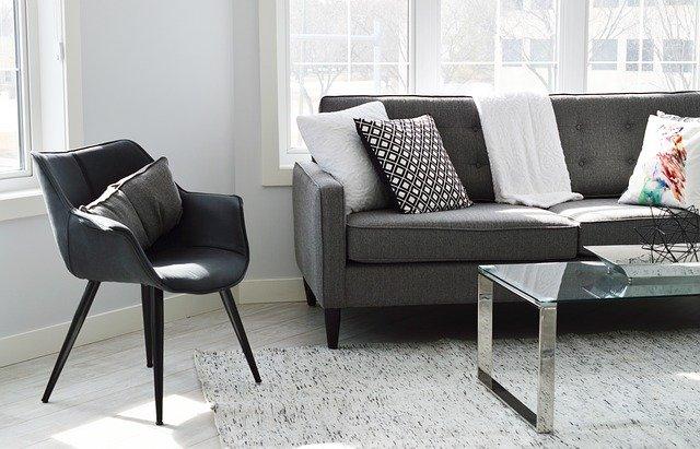 Hardwood Floor Refinishing- living room